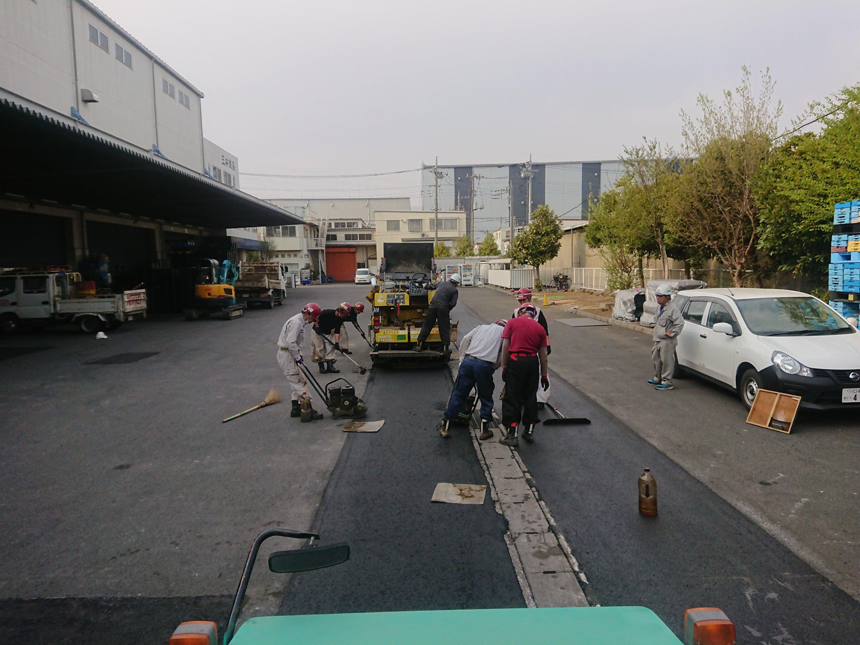草加市三井食品(株)舗装工事