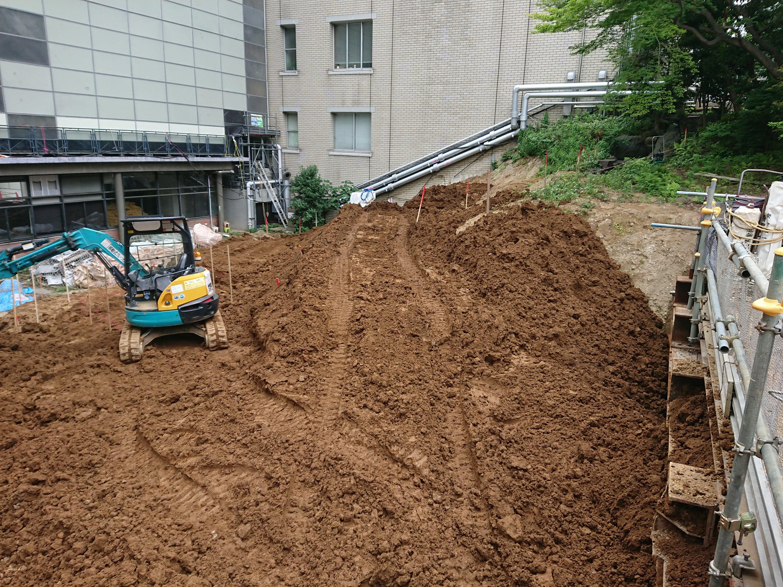 H大学庭園工事