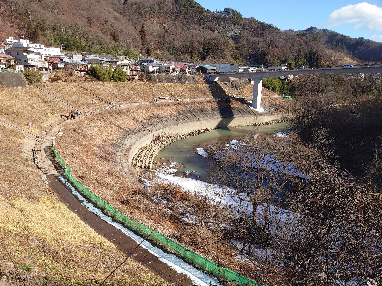 八ッ場ダム管理用通路工事